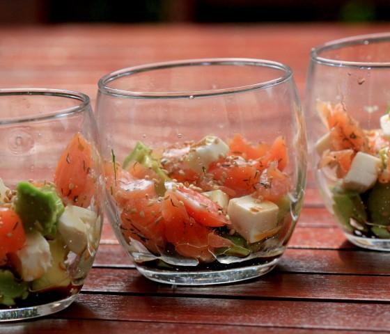 Verrines saumon avocat feta sesame (3)